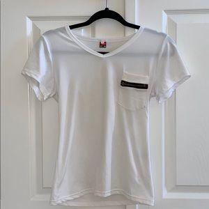 3/35 NWOT White Zipper Pocket T-Shirt